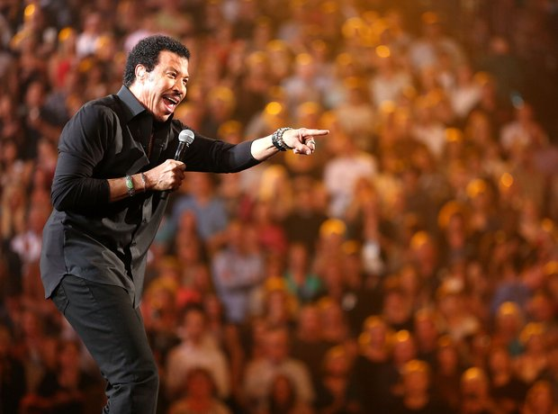 Lionel Richie and Friends in Concert